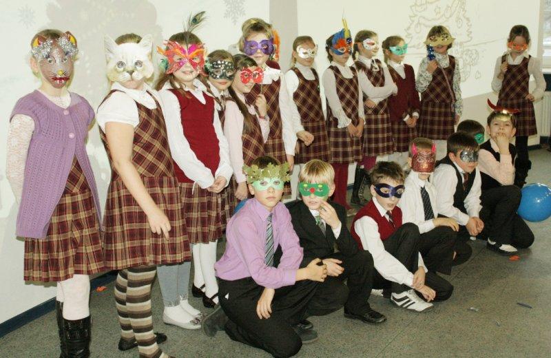 Фото к Новогодний клуб «Апельсинка» открыл свои двери для детей