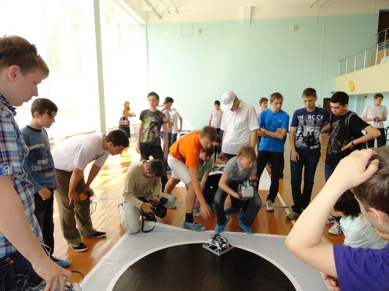 Фото к ИЦАО принял участие в областной олимпиаде по робототехнике