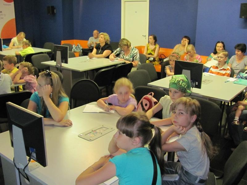 Фото к В Информационном центре по атомной энергии стартовала «Летняя шахматная школа»