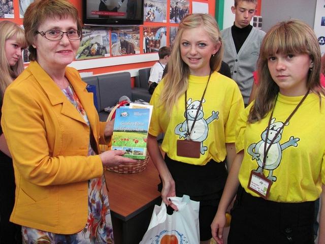 Фото к Юнкоры из Украины посетили информационный центр по атомной энергии Ростова-на-Дону