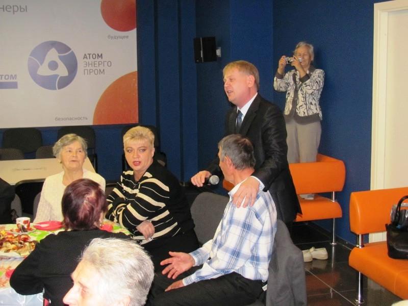 Фото к В информационном центре по атомной энергии Томска состоялся праздник для ветеранов ОАО «СХК»