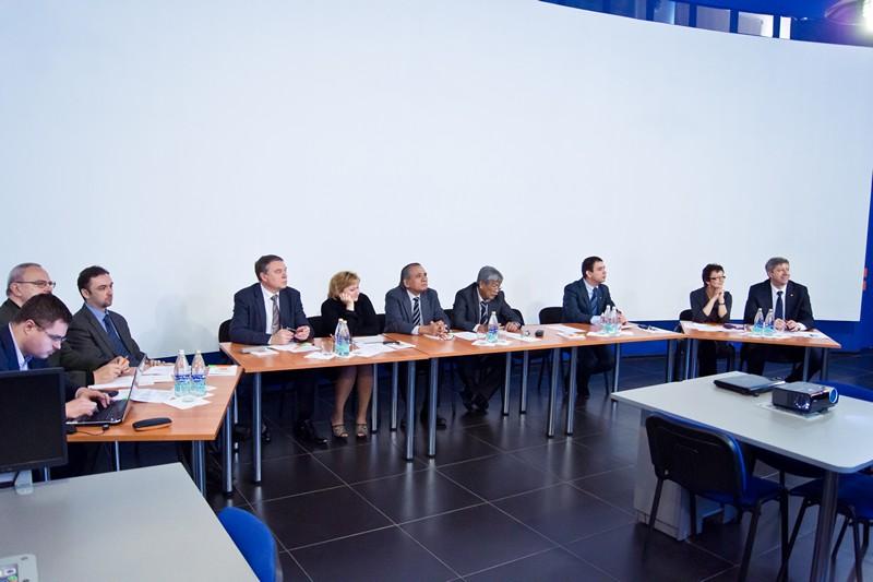 Фото к Международный круглый стол по вопросам взаимодействия с профильными предприятиями и вузами состоялся в информцентре по атомной энергии Нижнего Новгорода