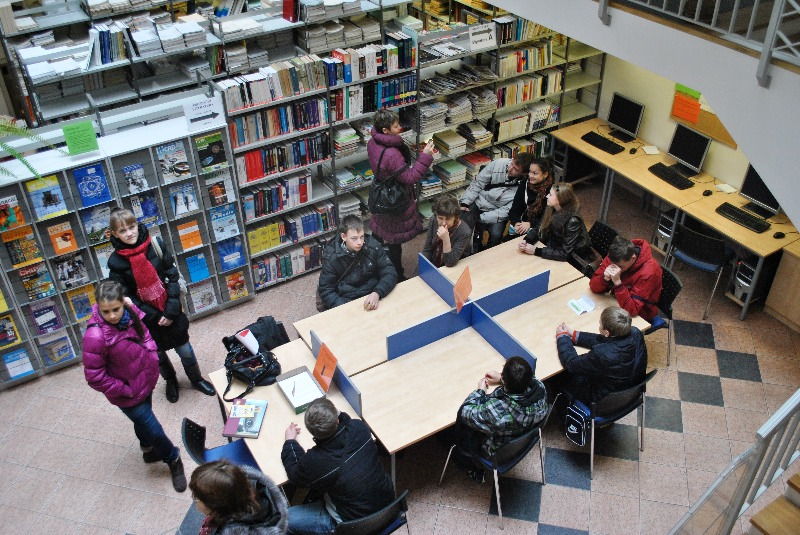 Фото к «Расширяя границы» в Праге: история с географией и мотоциклами