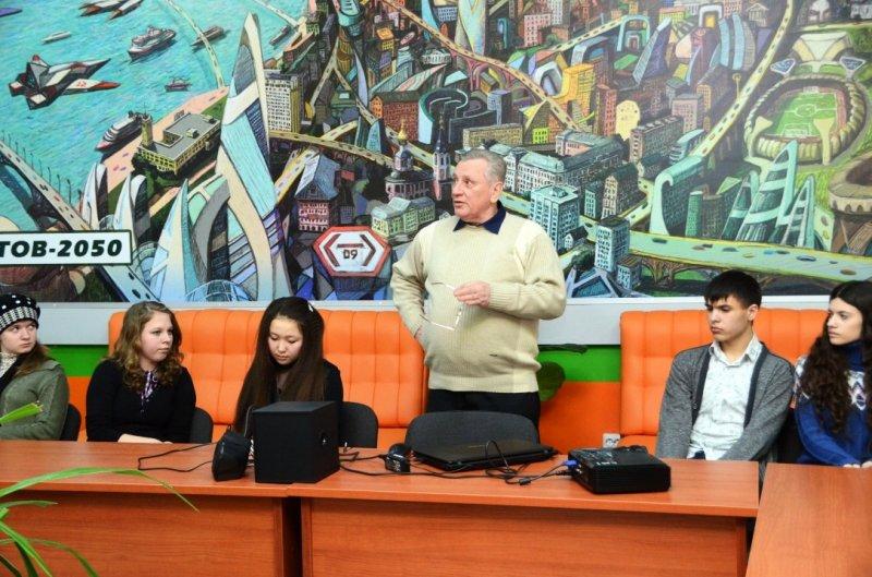 Фото к Первый «День открытых дверей» прошел в информационном центре по атомной энергии Саратова
