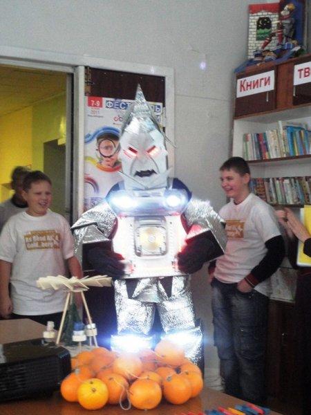 Фото к Министерство образования Челябинской области высоко оценило работу информационного центра по атомной энергии со школьниками