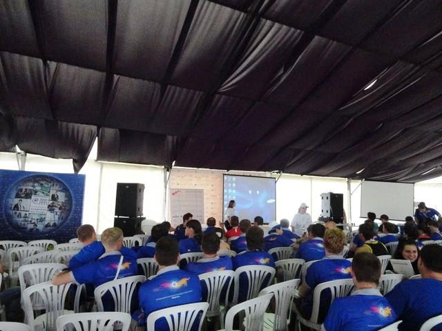Фото к «Вечные студенты» в космосе: Николай Тихонов пообщался с участниками молодежного форума «Форсаж»