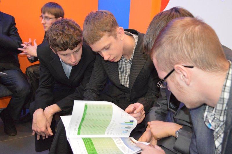 Фото к Презентация книги «Смоленская АЭС: 30 лет во благо России» состоялась в информационном центре по атомной энергии