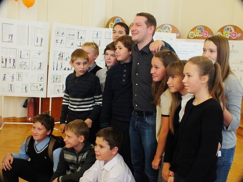 Фото к 400 медалей Юрия Прилукова: информационный центр по атомной энергии Екатеринбурга открыл сезон олимпийских уроков