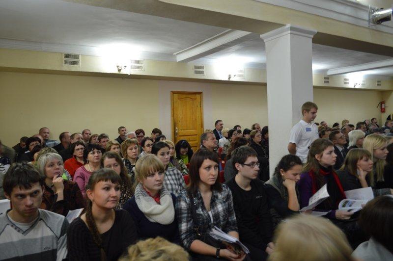 Фото к Презентация информцентра по атомной энергии прошла в рамках Общественных слушаний по воздействию на экологию объектов Смоленской АЭС