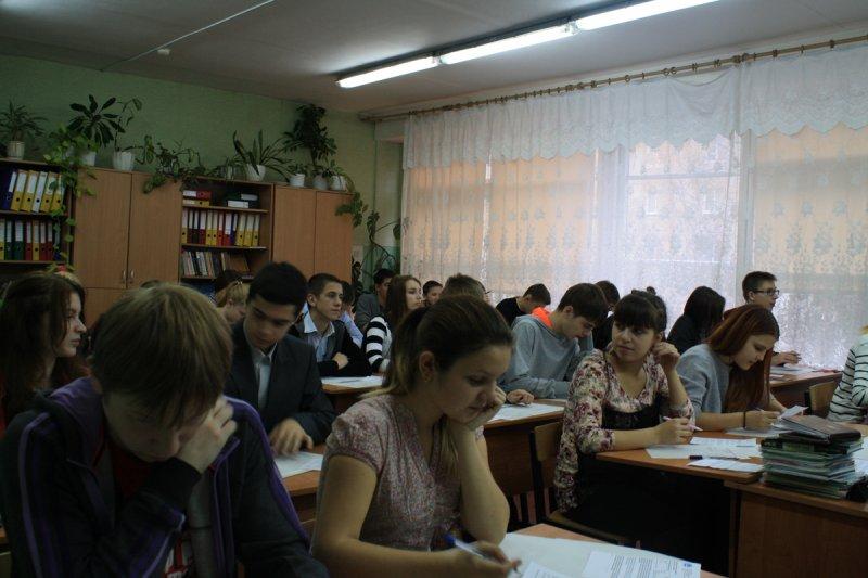 Фото к Более 200 школьников Калининградской области приняли участие в Олимпиаде Росатома