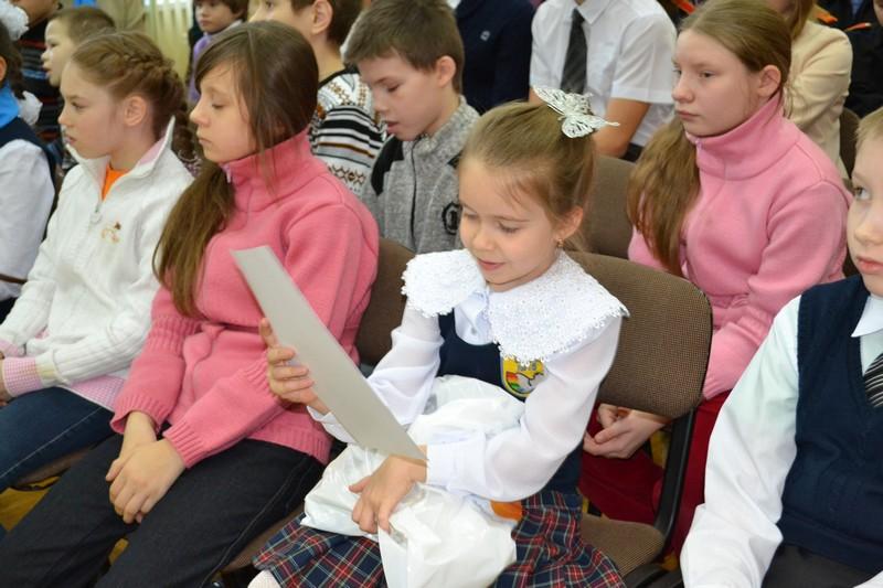 Фото к Екатеринбургские школьники увидели «Науку Урала в лицах»