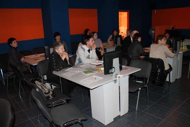 Фото к «Консолидирующий и успешный»: Попечительский совет высоко оценил работу информационного центра по атомной энергии Челябинска