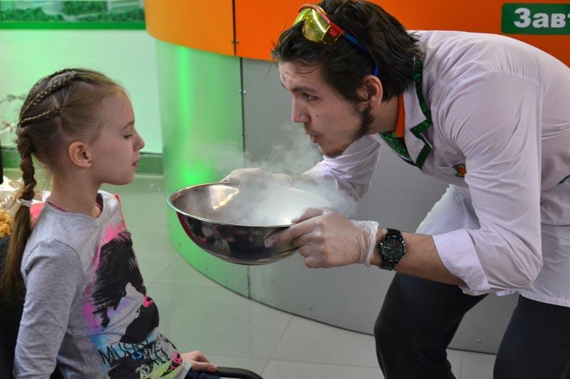 Фото к День науки в информационных центрах по атомной энергии: от фолиантов Менделеева до «Химии на кухне»
