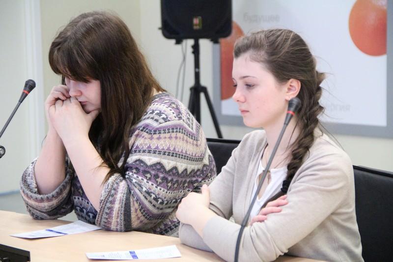Фото к Красноярские школьники узнали, как стать сотрудниками ведущего предприятия космической отрасли