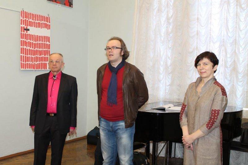 Фото к Международная плакатная акция «Маяковский-120» открылась в Челябинске при поддержке информационного центра по атомной энергии