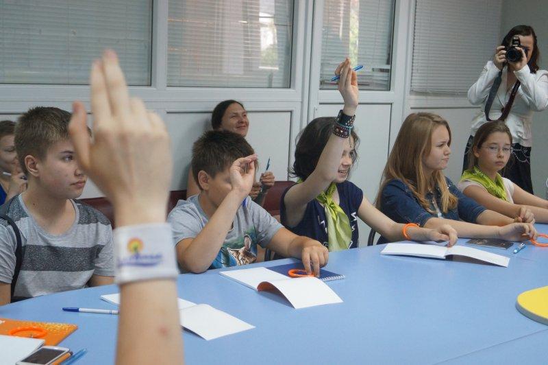 Фото к Нижегородский информационный центр по атомной энергии организовал мастер-класс по журналистике для отдыхающих школьников