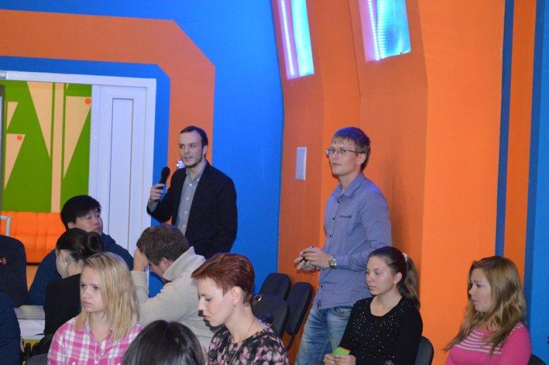 Фото к Студенты за общественный контроль: в смоленском информационном центре по атомной энергии завершила работу международная дискуссионная площадка