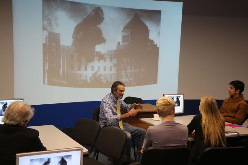 Фото к «Мирный атом» — реальность или утопия?»: американский историк атомного проекта прочитал публичную лекцию в ИЦАЭ Томска