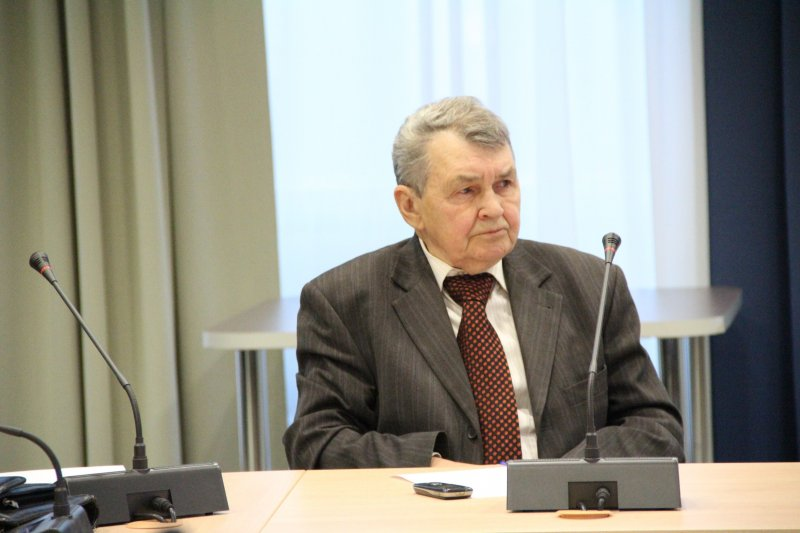 Фото к Эксперты обсудили экологические риски техногенного воздействия на окружающую среду Красноярского края