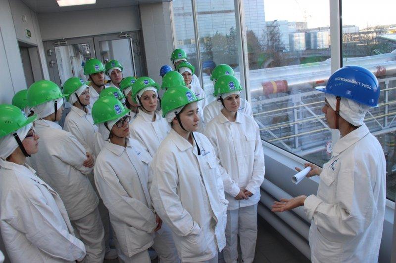 Фото к «Мастера слова: студенты-журналисты о Смоленской АЭС»: в ИЦАЭ Смоленска стартовал новый проект