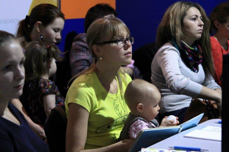Фото к Информационный центр по атомной энергии Челябинска открыл свои двери для самых юных и любознательных