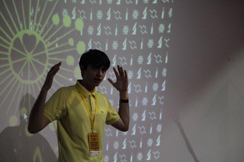 Фото к «Человек труда»: в ИЦАЭ Челябинска будущие журналисты узнали о секретах воркшопа