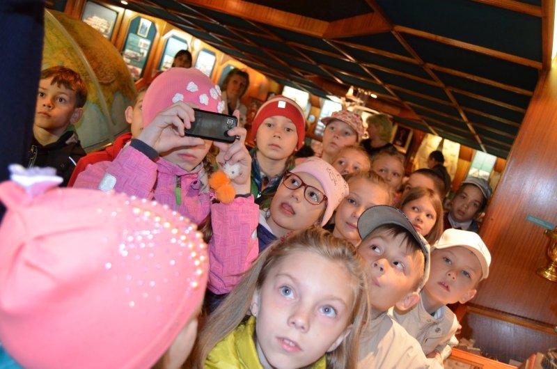 Фото к Знакомство с Крузенштерном: в Мурманск прибыл легендарный барк