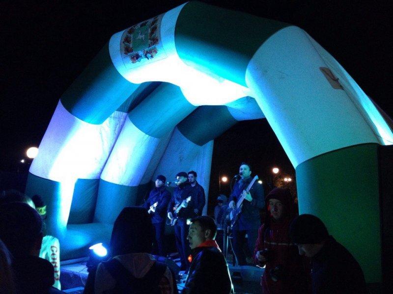 Фото к Ночной забег: ИЦАЭ зарядил город энергией атома