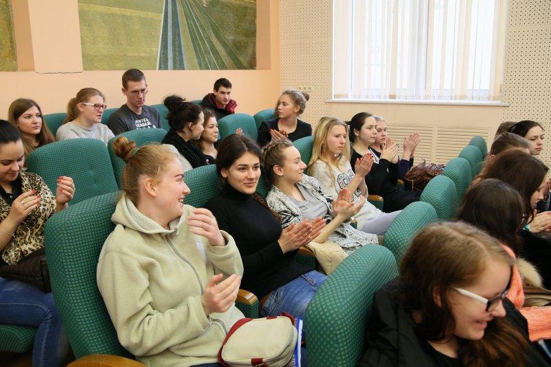 Фото к «Вкусная» энергия и профессии будущего: в Минске продолжается первый фестиваль науки