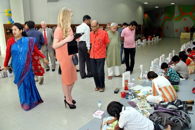 Фото к Моя первая ядерная азбука: в Дакке прошел фестиваль «Дети и атом»