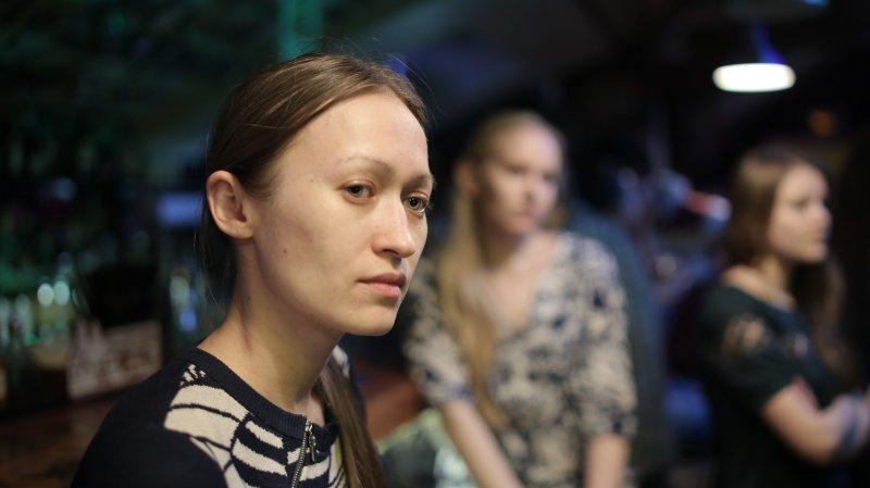 Фото к Быстрые животные, нейтроны и сон: в Екатеринбурге прошло восьмое научно-популярное ток-шоу «Разберем на атомы»