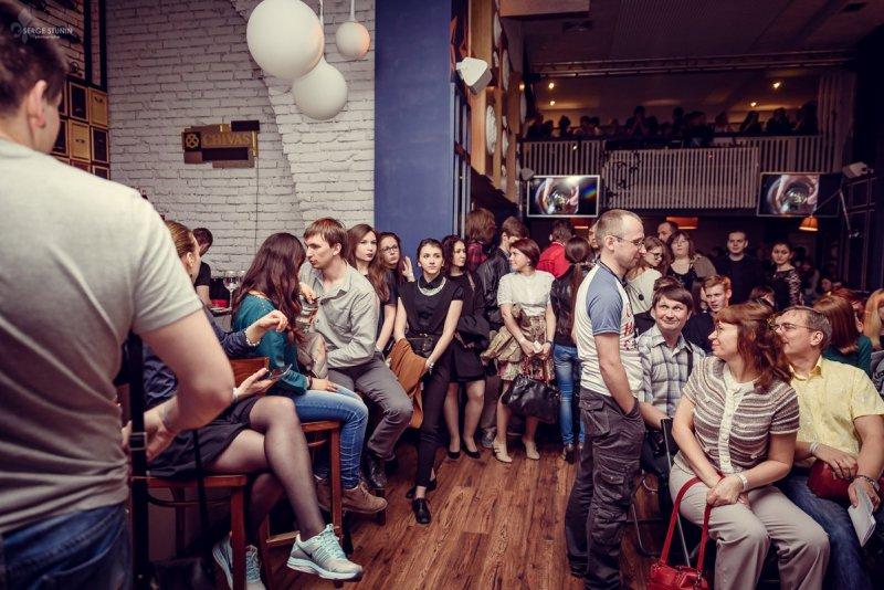 Фото к Всё дело в волшебных пузырьках, или как в Челябинске прошел первый Science Slam
