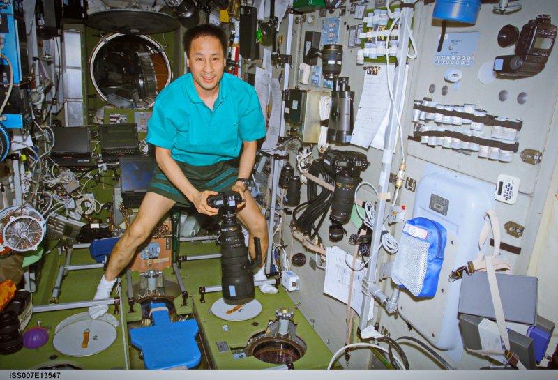 Фото к Земля с орбиты: в Петербурге рассказали о трудностях создания фотографий в космосе