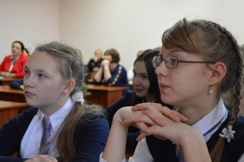 Фото к «НЕСКУЧНАЯ ШКОЛА»: в Воронеже открылся фестиваль науки «КСТАТИ»