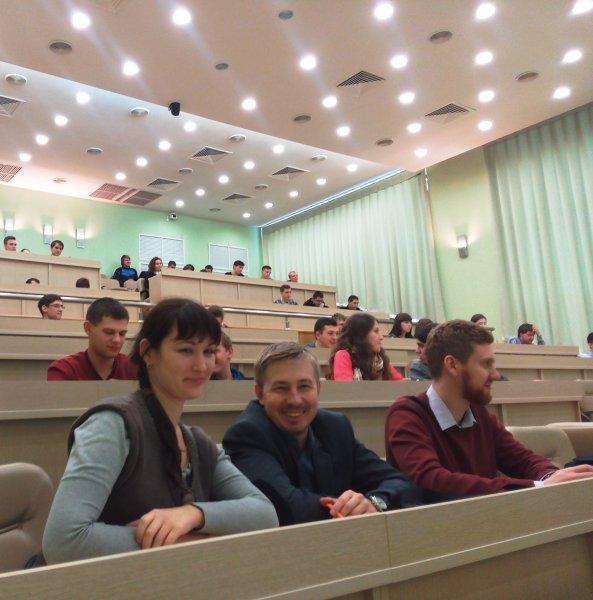 Фото к ФАНК с ИЦАЭ Ульяновска: вибропауки и робособаки,   ошибки ученых и первое просветительское кино