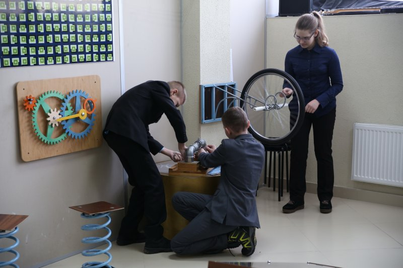 Фото к Открытие фестиваля науки «КСТАТИ» в Минске завершилось «Защитой диссертации»
