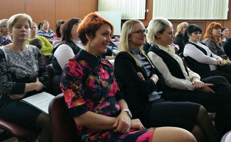 Фото к Как «вырастить» ученого: в Снежногорске обсудили школьные стартапы как социокультурный тренд
