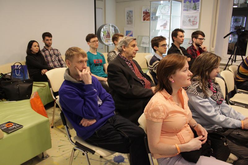 Фото к В Санкт-Петербурге обсудили эволюцию смартфонов