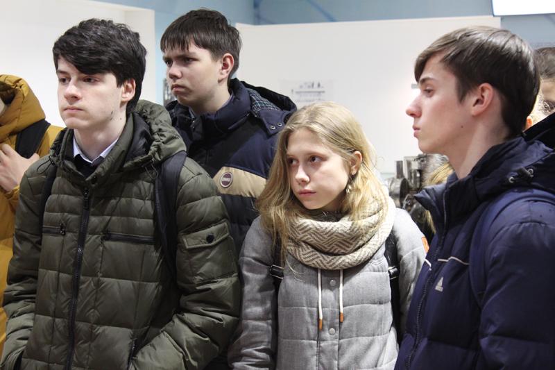 Фото к «Петербургский радий» и первый в мире циклотрон: школьники посетили Радиевый институт